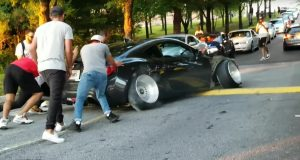 scion-fr-s-zasekl-se-na-retarderu-video