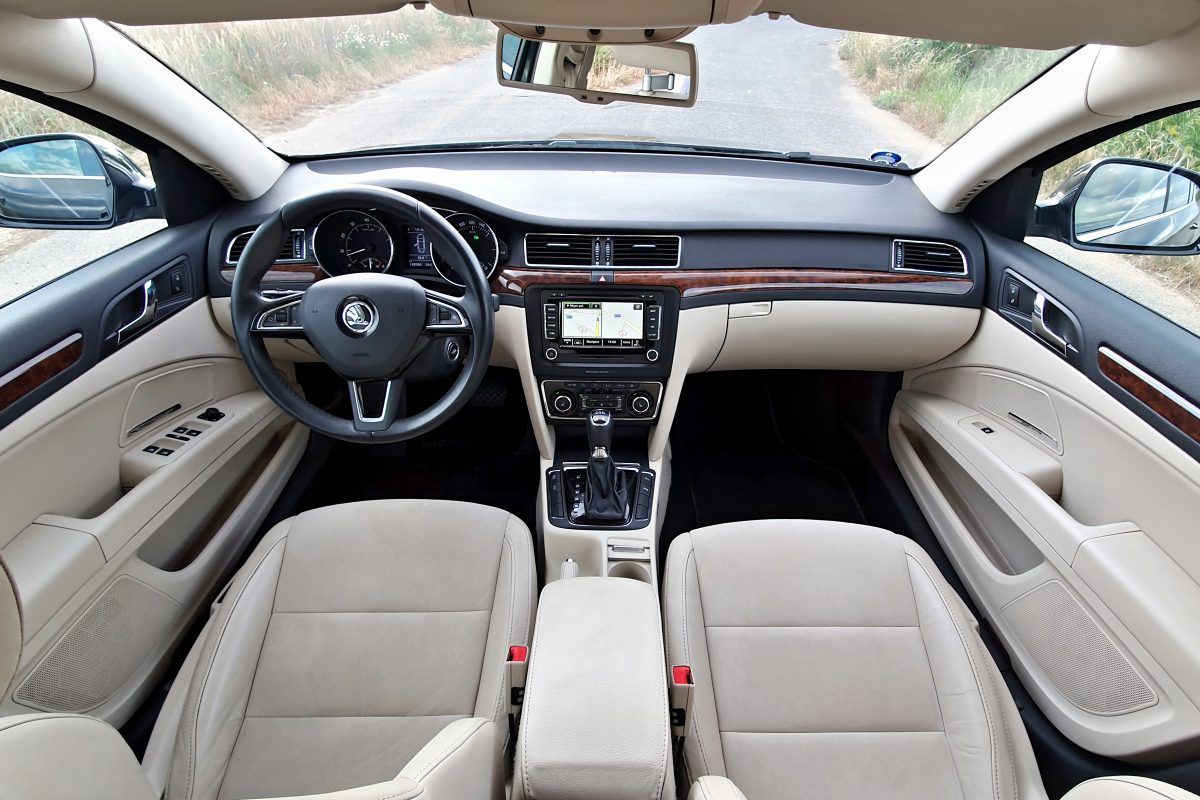 test-2013-skoda-superb-36-fsi-v6-4x4-dsg- (35)