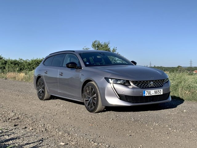 test-2018-peugeot-508-sw-gt-line-20-bluehdi-180-eat8- (1)