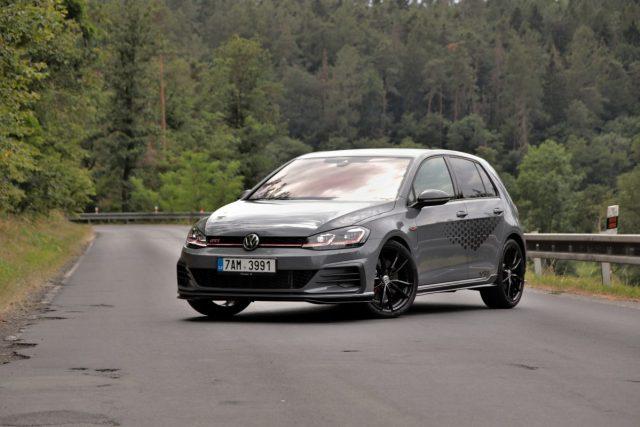 test-2019-volkswagen-golf-gti-tcr- (1)