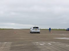 sprint-Bentley_Bentayga_Speed-Mercedes-AMG_G63-Porsche_Cayenne_Turbo-a-Suzuki_Jimny-video