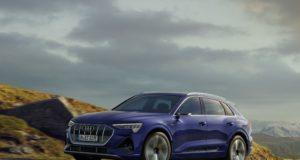Audi e-tron S line 1