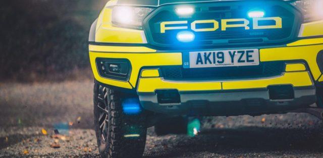 policie-velka-britanie-ford-focus-st-combi-a-ford-ranger-raptor- (14)