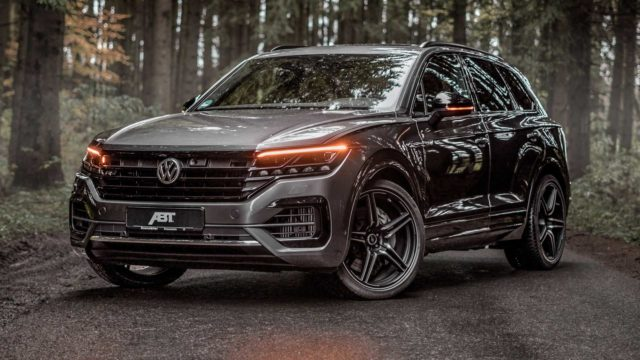ABT nadělil Volkswagenu Touareg mamutí točivý moment. Tohle SUV utáhne celý svět