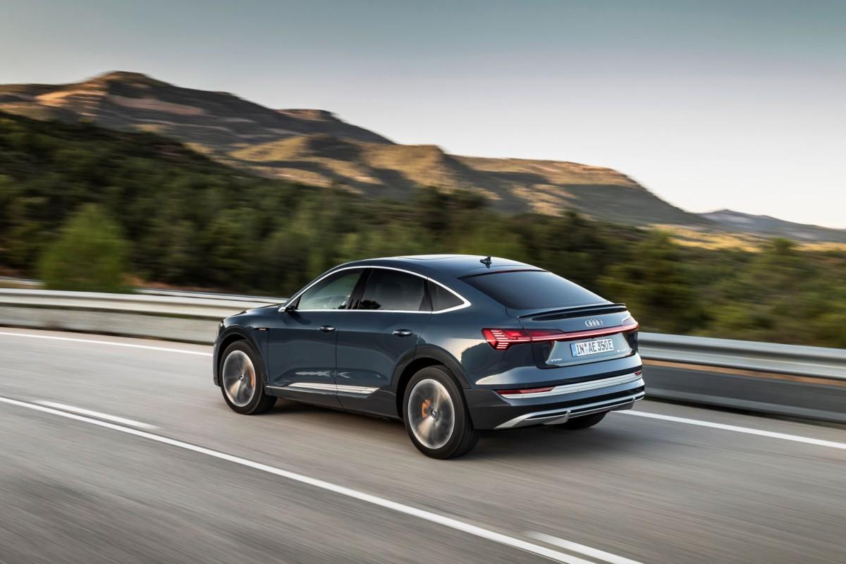 Audi_e-tron_Sportback_quattro- (4)
