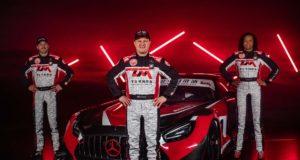 Buggyra-Mercedes-Benz-AMG-GT3-Tomas_Enge-David_Vrsecky-Aliyyah_Koloc- (1)