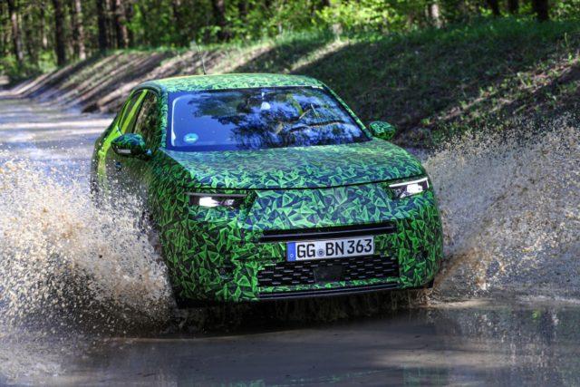 2021-prototyp-Opel-Mokka-jizdni-testy- (1)