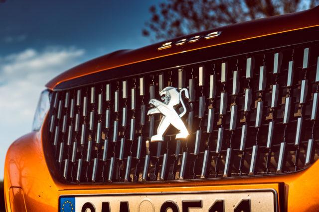 Peugeot 2008 GT 1.2 Puretech 155