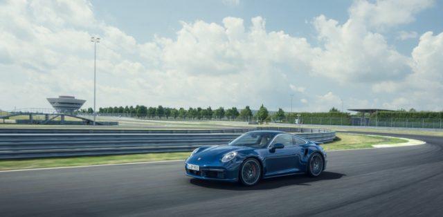 2020-porsche-911-turbo-992- (4)