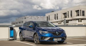 2020-facelift-Renault_MEGANE_E-TECH_plug-in_hybrid- (1)