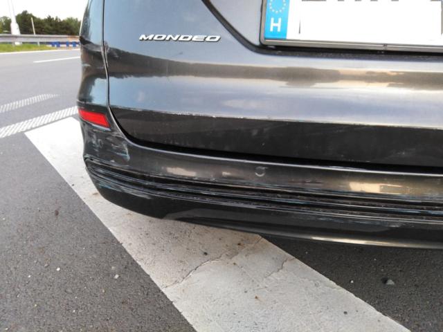 ford-mondeo-nakladni-auto-nehoda-frydek-mistek