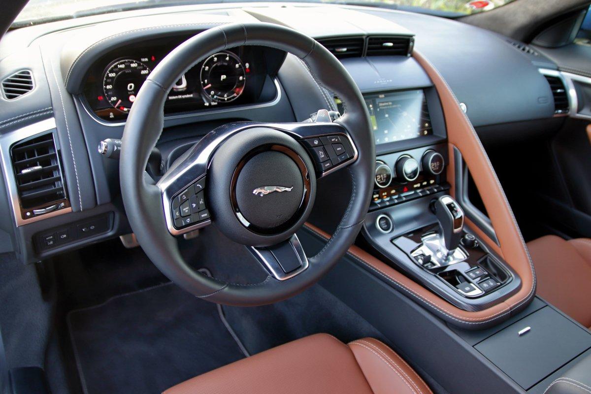 Test-2020-Jaguar_F-Type-Coupé-P450-RWD- (31)