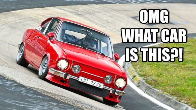 Tahle škodovka má motor z Alfy Romeo, 800 kg a na Nürburgringu prohání mnohem výkonnější auta