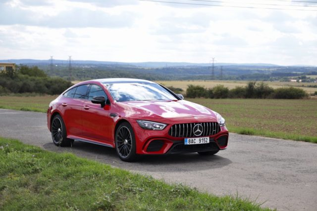 test-2020-mercedes-amg-gt-53-4matic-ctyrdverove-kupe- (10)