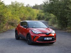 test-2020-toyota-c-hr-20-hybrid-facelift- (2)
