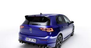 2021-volkswagen_golf_r- (3)