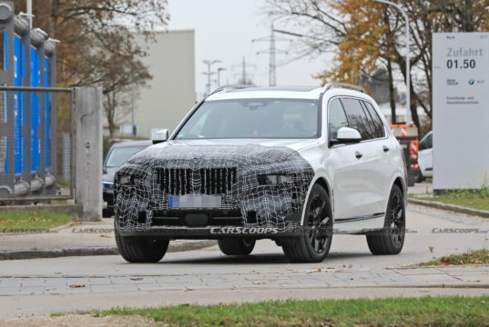 2022-bmw-x7-facelift-spy-foto